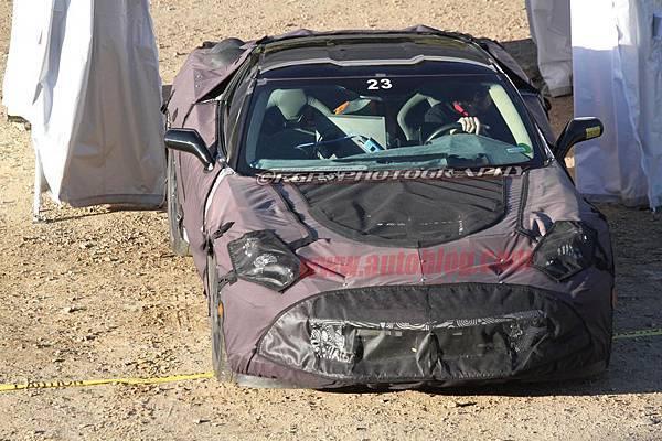 016-2014-chevy-corvette-c7-spy-shots