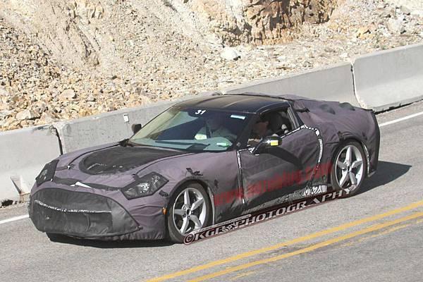 006-2014-chevy-corvette-c7-spy-shots