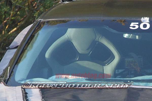 032-2014-chevy-corvette-c7-spy-shots
