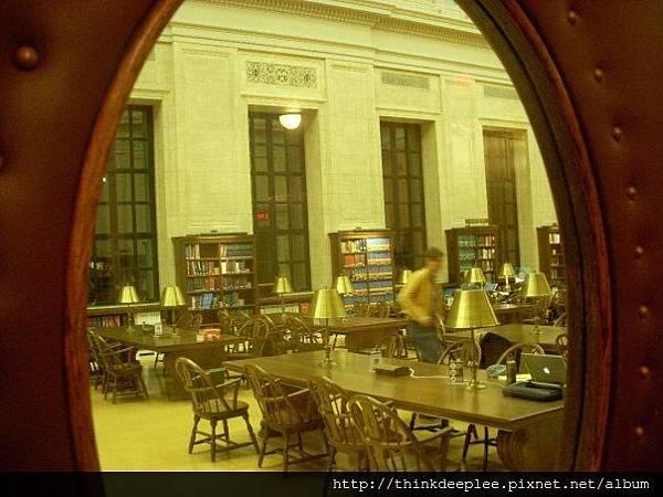 哈佛圖書館