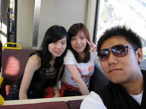 Yamei、Max跟我 結伴去參加萬聖節遊行