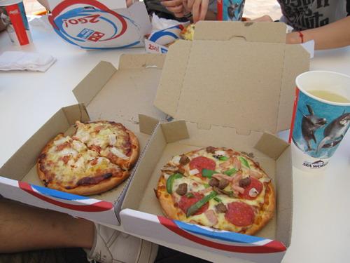 達美樂pizza,很小可是很好吃