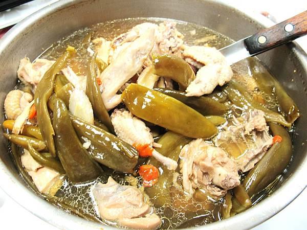 湯瑪仕i煮菜,剝皮辣椒雞食譜,如何煮好吃的剝皮辣椒雞_09