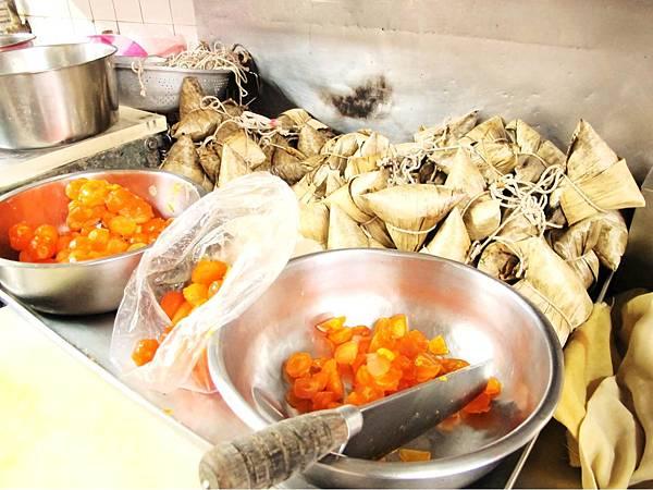 台南必吃小吃,台南好吃肉粽,台南百年老店,再發號肉粽_06