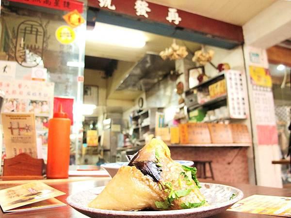 台南必吃小吃,台南好吃肉粽,台南百年老店,再發號肉粽_09