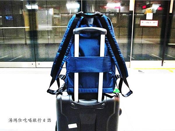 SUMDEX包,降落傘背包,旅遊必買背包,輕量背包,休閒包_17