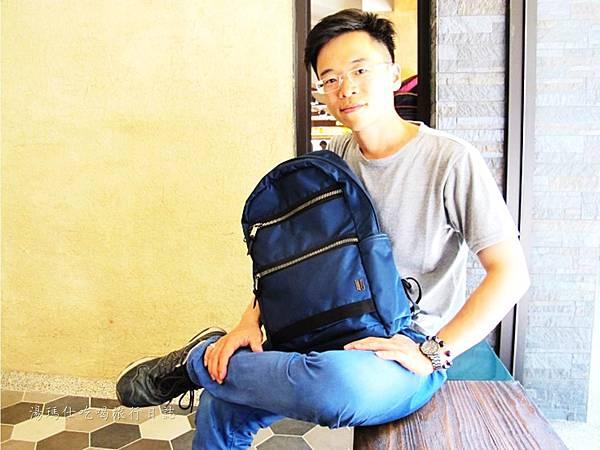 SUMDEX包,降落傘背包,旅遊必買背包,輕量背包,休閒包_11