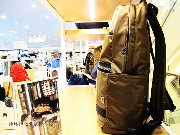 SUMDEX包,降落傘背包,旅遊必買背包,輕量背包,休閒包_06
