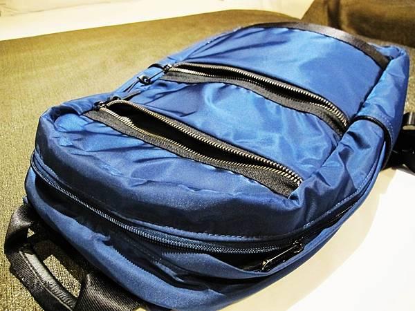 SUMDEX包,降落傘背包,旅遊必買背包,輕量背包,休閒包_08
