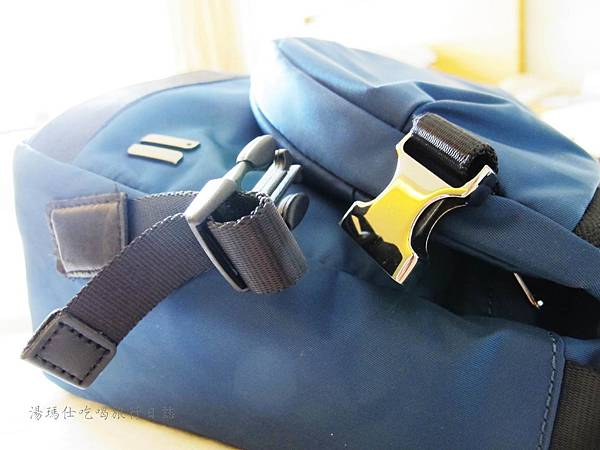SUMDEX側背包,防潑水側背包,SOFT CITY包_10