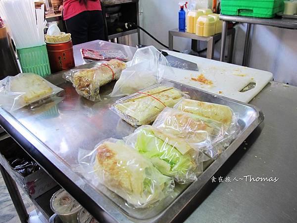 高雄豆漿早點,厚皮小籠包,雄商週邊早餐店_08