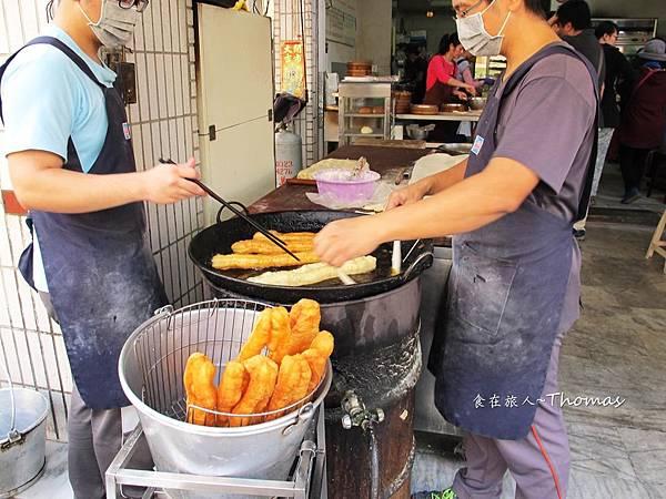 高雄豆漿早點,厚皮小籠包,雄商週邊早餐店_04