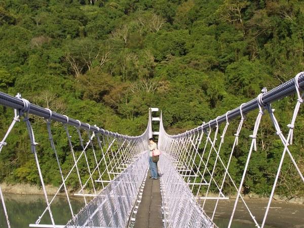 吊橋的另一頭是角板山