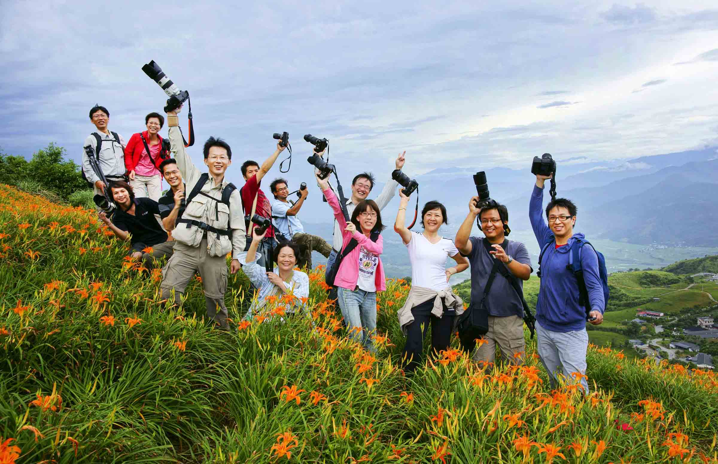 2010-8-22-紀老師攝影班花蓮六十石山團體合照-12.jpg