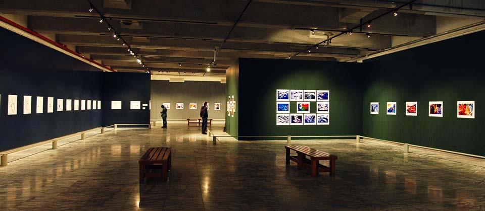 紀國章老師2005北美館色彩三部曲展場紀錄-1.jpg