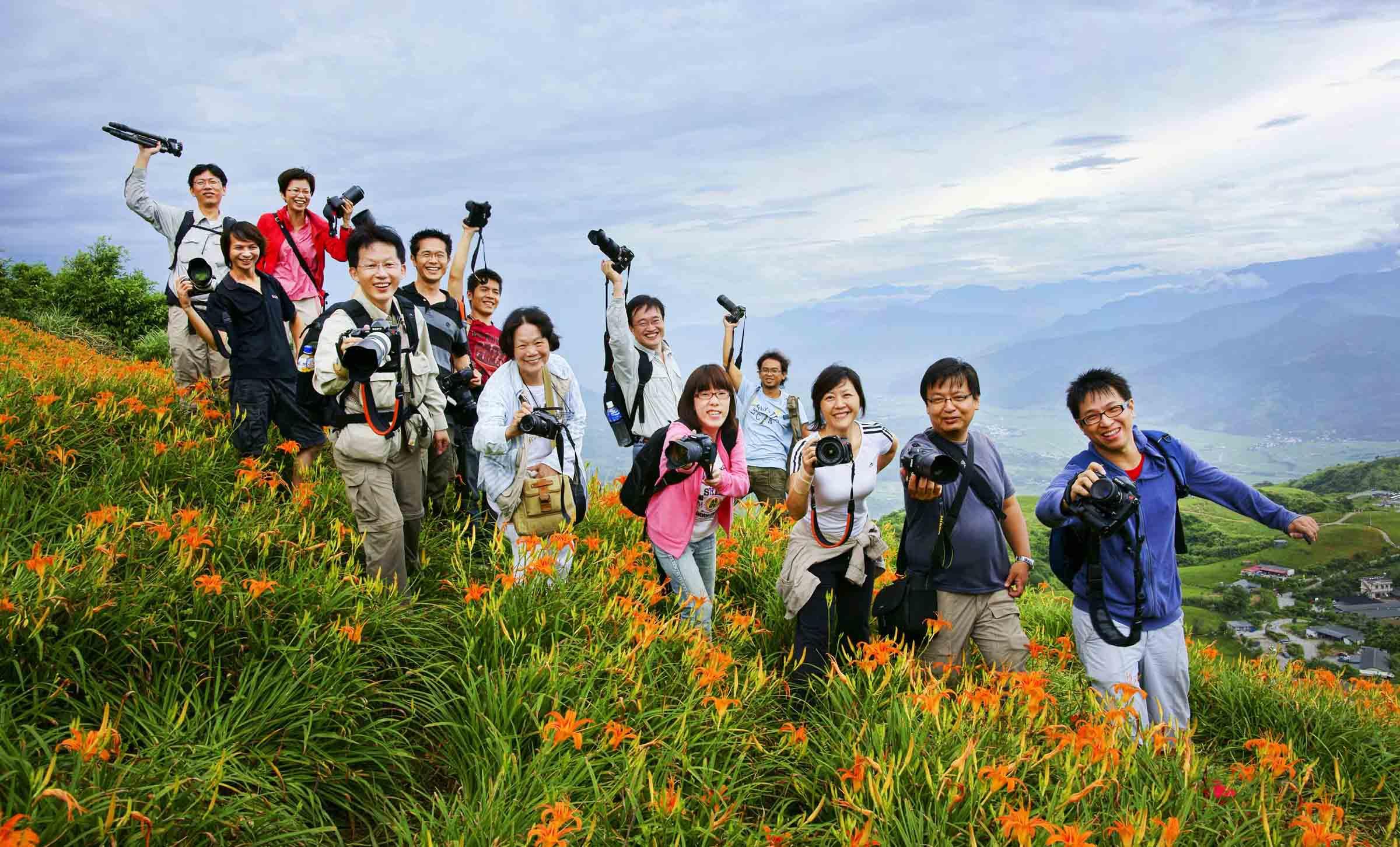 2010-8-22-紀老師攝影班花蓮六十石山團體合照-15.jpg