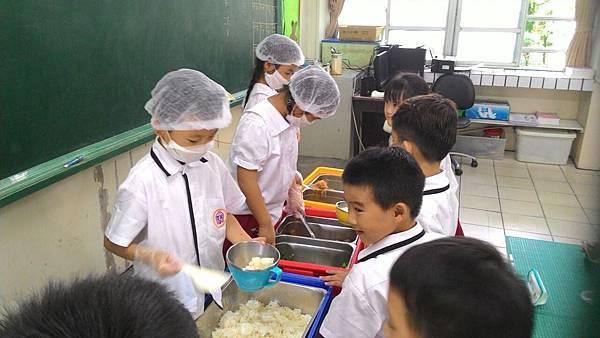 午餐衛生教育 (1).jpg