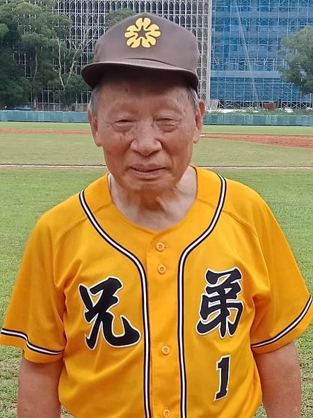 棒球巨人洪騰勝.jpg