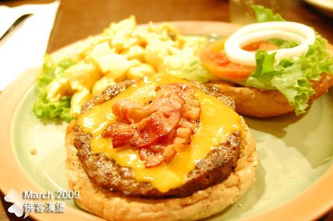 BBQ培根起司漢堡