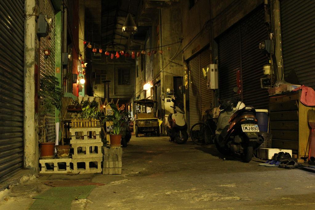 忠信市場的主要通道。