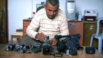 摔不壞的攝影機 5 Broken Cameras