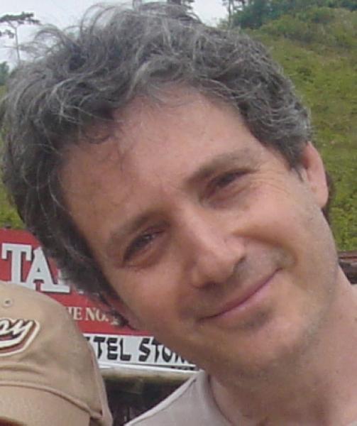 nEO_IMG_director