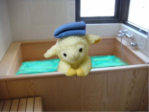 2-洗澡.jpg