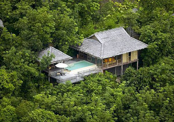 640x450_01_pool_villa_aerial_h