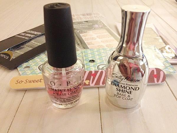 Pink leo nail 03