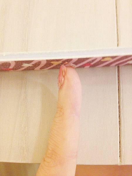 Pink leo nail 06