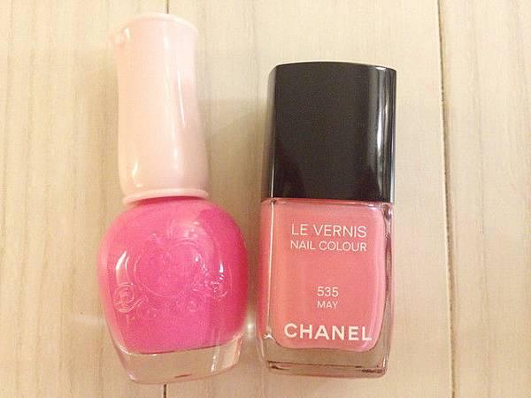 Pink leo nail 12
