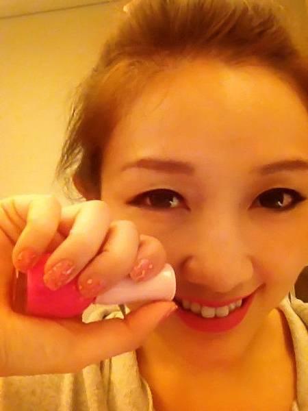 Pink leo nail 23