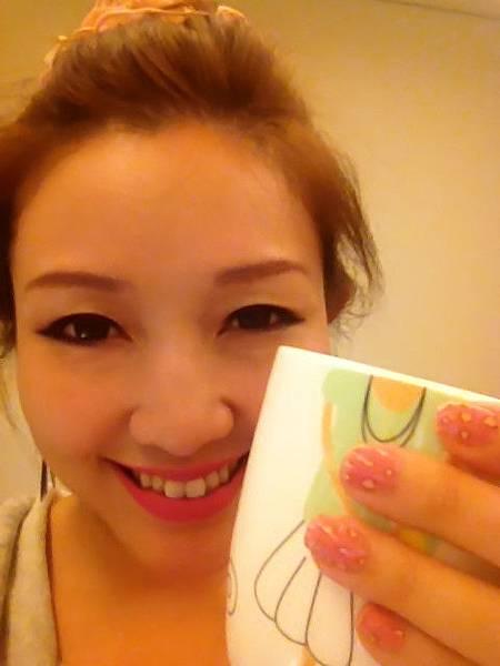 Pink leo nail 22