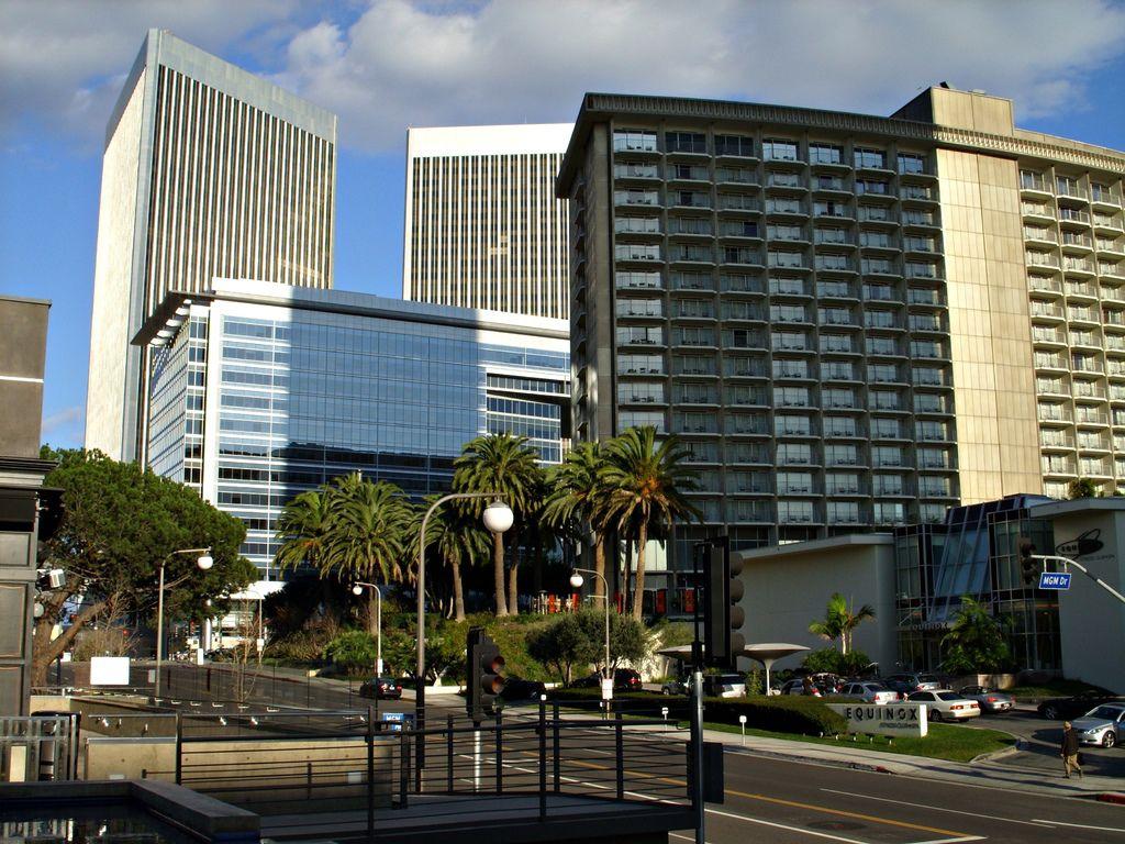 Century_City_Towers.jpg
