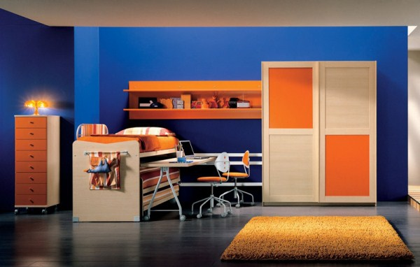 Amusing-Teenagers-Room-Interior-Design-with-blue-wall-colorful-furniture