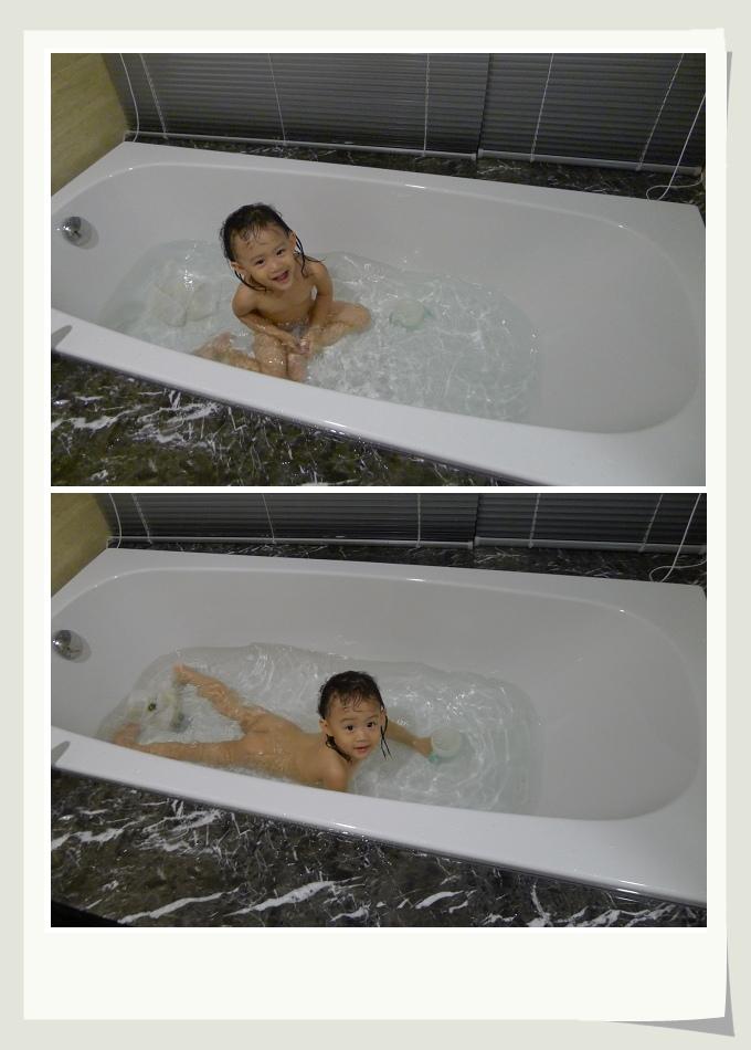 小丸子洗澡.JPG