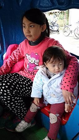 2014.12.14。(3歲3個月又5天)(1歲5個月又22天)。宜蘭冬山宜農牧羊場-69