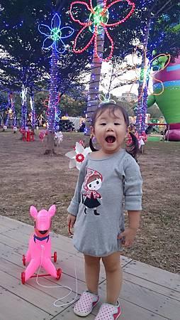 2015.10.25。(4歲1個月又16天)(2歲4個月又3天)。竹北體育館客家文化嘉年華會-41