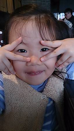 2016.03.13。(4歲6個月又4天)(2歲8個月又20天)。新竹竹北樊將軍臭臭鍋連鎖。-17