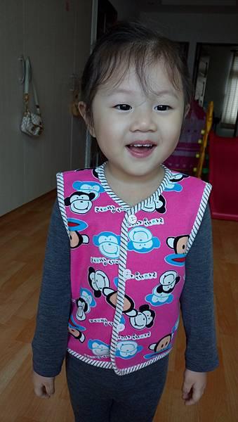 2016.11.30。3歲5個月又8天。艾妮越大越美.