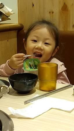 2017.09.10。(6歲又1天)(4歲2個月又19天)。新竹上禾烤肉火鍋吃到飽-11