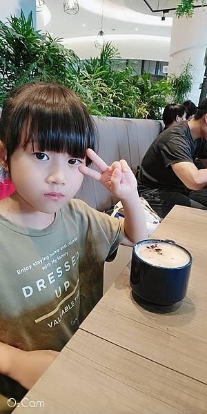 2020.07.25。(8歲10月又16天)。(7歲1個月又3天)。新竹竹北6+廣場馥麗坊168午茶-7.jpg