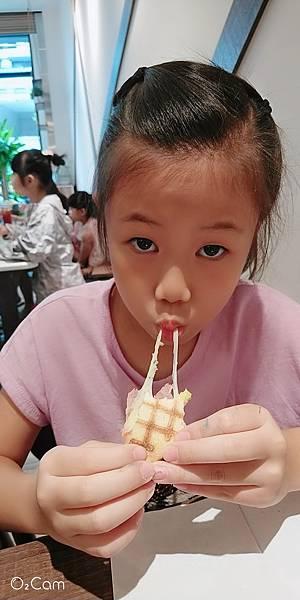 2020.08.29。(8歲11月又20天)。(7歲2個月又7天)。新竹竹北Faith in  Faith飛一啡Cafe-6.jpg