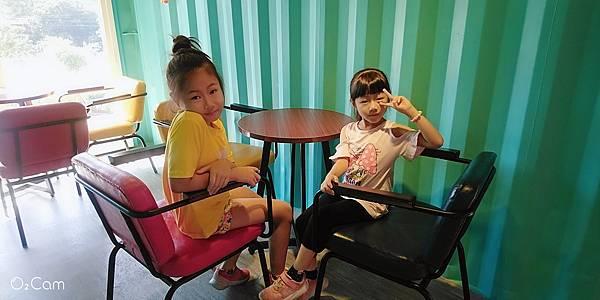 2020.10.02。(9歲又23天)。(7歲3個月又10天)。新竹峨眉貨櫃89咖啡-33.jpg