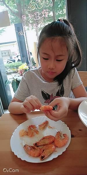 2020.10.09。(9歲1個月)。(7歲3個月又17天)。新竹竹北莉潤司料理廚房-9.jpg