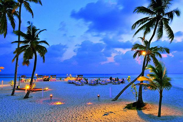 Constance-Halaveli-Maldives-Resort-28