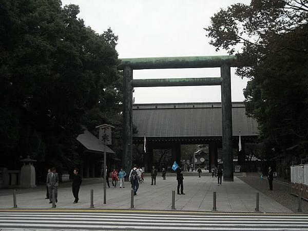 神社大門.JPG