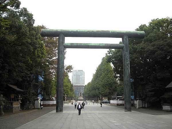 神社大道.JPG