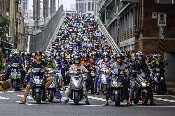 20200520台北橋機車潮_1381-1.jpg