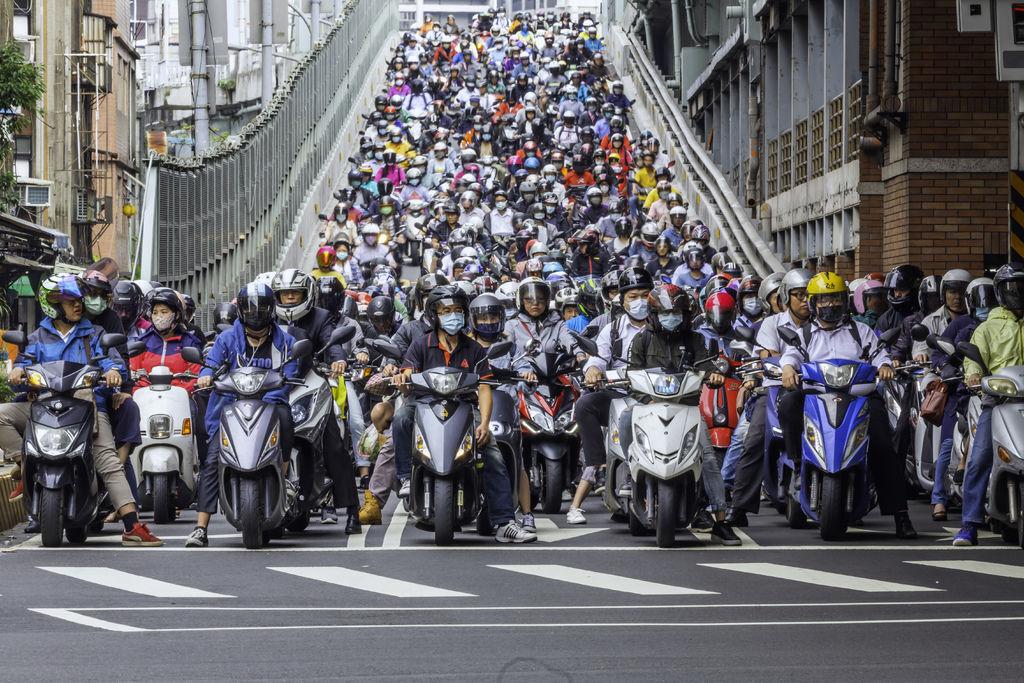 20200520台北橋機車潮_2132-1.jpg